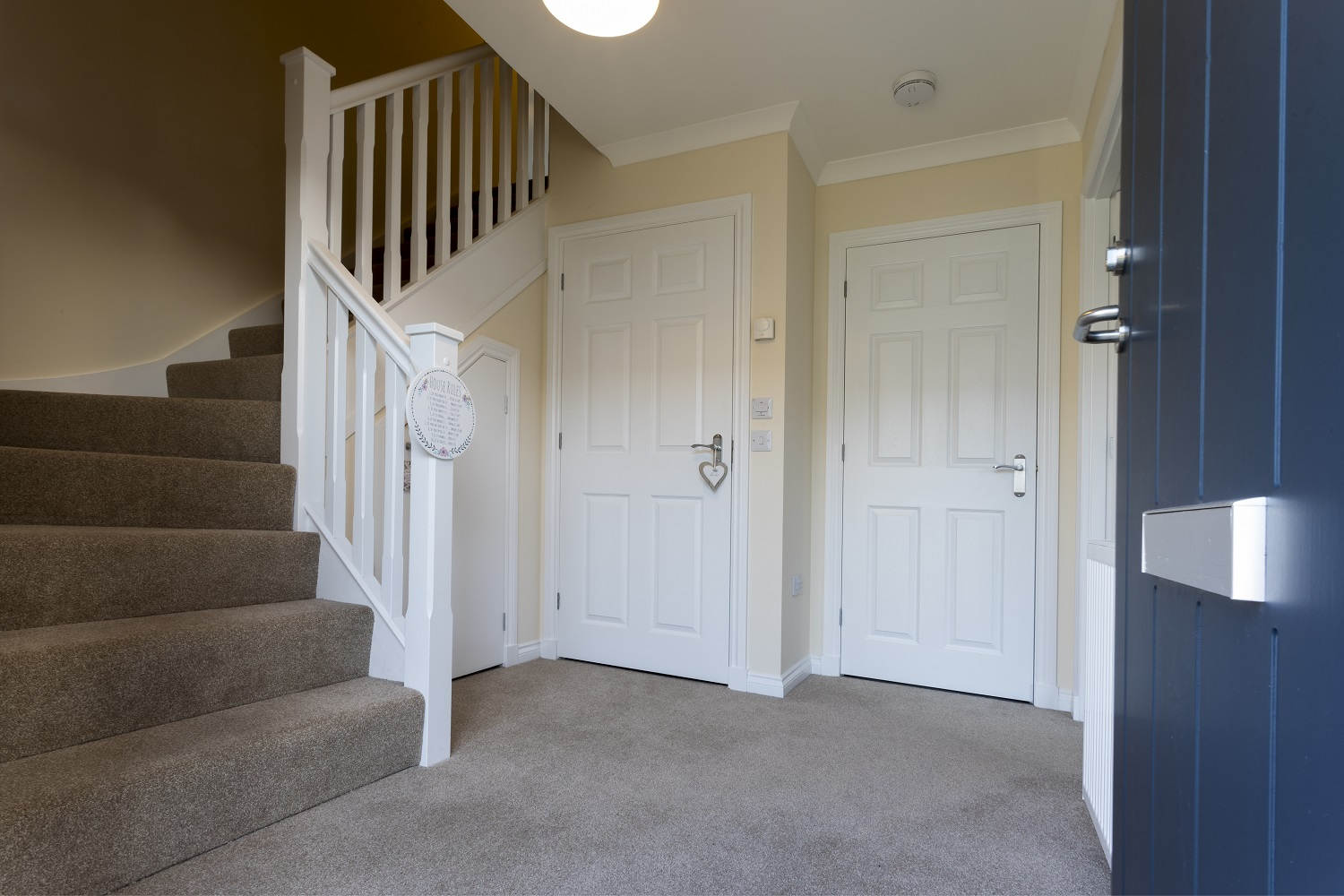 4-Cairnwell-front-door-open